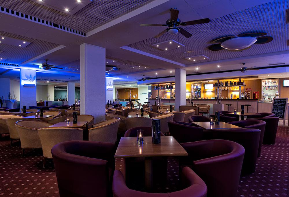 Ahorn Seehotel Templin Bar
